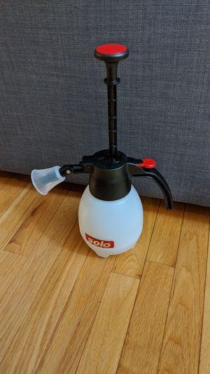 Solo One-Hand Pressure Sprayer, 1-Liter for Sale in Mill Creek, WA