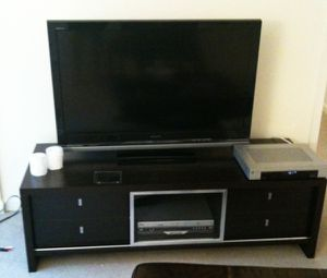 "63"" Wide TV stand / media console for Sale in Vernon Hills, IL"