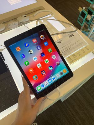 iPad 6th Generation FREE 8/23-8/24 for Sale in Mansfield, TX
