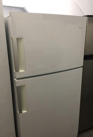 Whirlpool Refrigerator for Sale in Orlando, FL