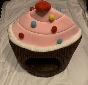 Cupcake dog house/bed for Sale in Huntington Beach, CA