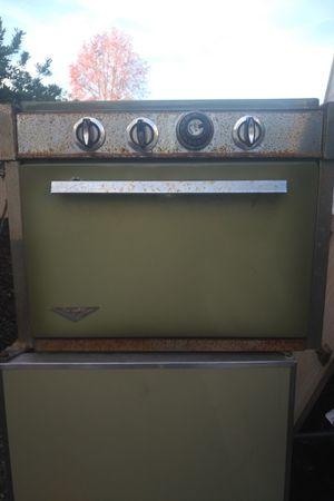 Vintage 3 burner stove and oven for Sale in Santa Cruz, CA