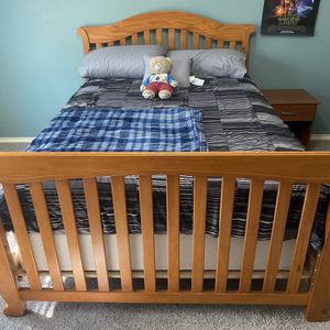 Crib to College Bedroom Set-Crib/Toddler/Full Size Bed for Sale in Cypress, TX