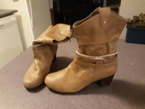 Boots size 4 for Sale in Gonzales, LA