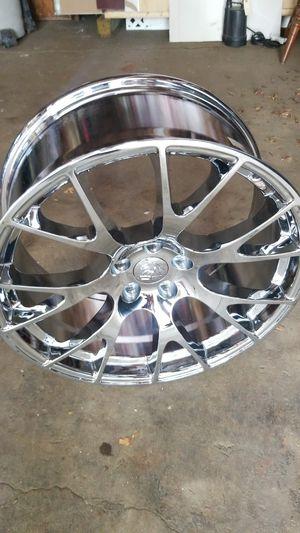 20 inch Chrome Rims for Sale in Brockton, MA