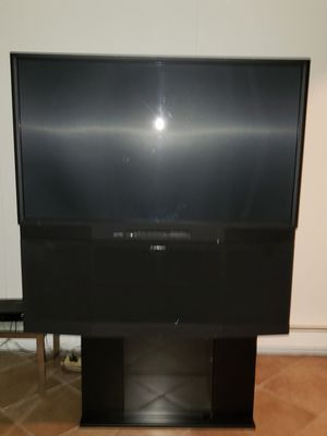 Mitsubishi 60 inch projection TV original for Sale in Stamford, CT