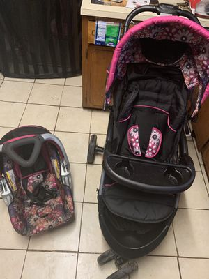 Matching car seat and stroller for Sale in Montgomery, AL