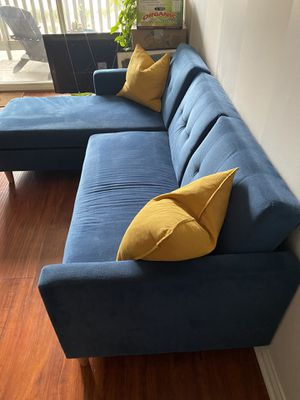Mid century sleeper sectional for Sale in Los Angeles, CA