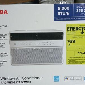 Brand New (Still In Unopened Box) Toshiba Window AC Unit for Sale in Hesperia, CA