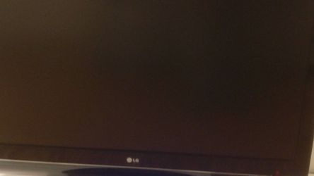 "LG 47"" LCD HD TV for Sale in Bellevue,  WA"