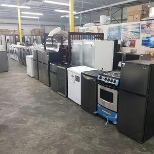 NEW Danby Top Freezer Bottom Fridge for Sale in Ontario, CA