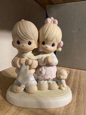 Precious moments figurine for Sale in Arlington, TX