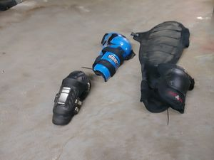 I have a motorcycle starter pack body Gear for Sale in Missouri City, TX