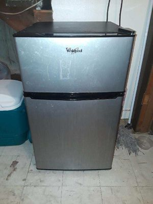 Whirlpool Mini Fridge with Freezer for Sale in Denver, CO