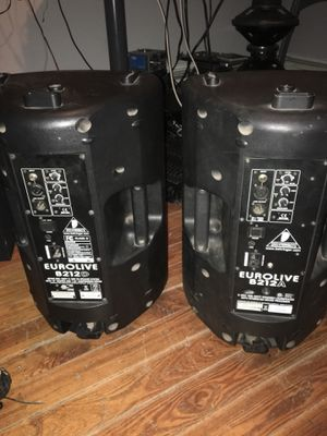 2 12 Inches BEHRINGER power Speakers for Sale in Boston, MA