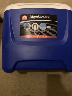 Small cooler for Sale in Gaithersburg, MD