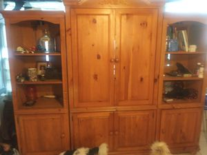 Entertainment center for Sale in Frostproof, FL