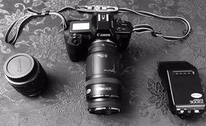 Canon EOS 650 for Sale in Simsbury, CT