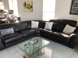 BROWN REAL LEATHER SECTIONAL WITH POWER RECLINERS FROM EL DORADO FURNITURE for Sale in Hialeah, FL