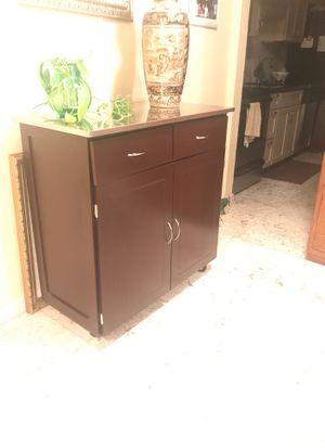 Kitchen work top cabinet for Sale in Hillsboro Beach, FL