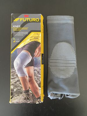 NEW FUTURO KNEE ULTRA PERFORMANCE SUPPORT STABALIZER IN GREY, XL for Sale in Los Angeles, CA