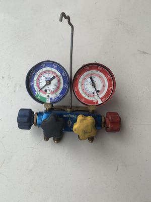 Refrigerant gauge for Sale in Huntington Beach, CA