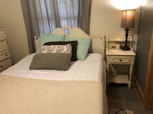Twin Bedroom Set for Sale in Spicewood, TX
