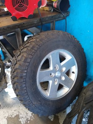 Jeep Rubicon jk tire and wheel spare 255-75-17 bfg for Sale in San Diego, CA