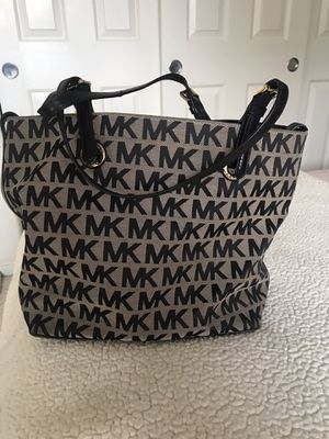 Michael Kors tote bag for Sale in Newark, CA