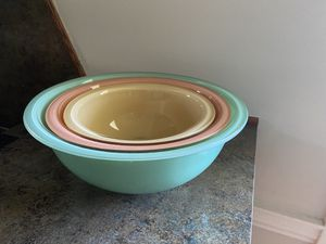 Set of 3 Vintage Pyrex Bowls for Sale in Vancouver, WA