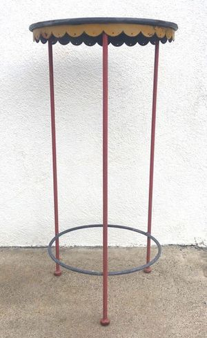 "Selling our set of the MOST COOL vintage metal patio or indoor furniture you'll ever see; this listing is for the PLANT STAND. It's 13"" diameter at t for Sale in Huntington Beach, CA"