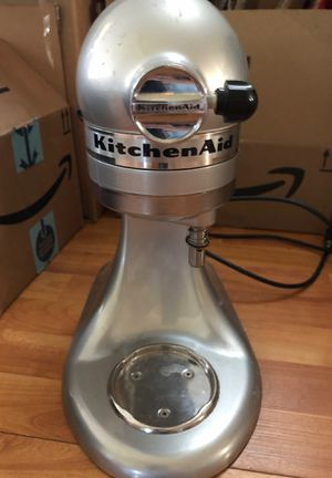 KitchenAid mixer. Broken for Sale in Fort Myers, FL