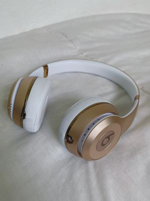 Beats Solo 3 wireless for Sale in Miami, FL