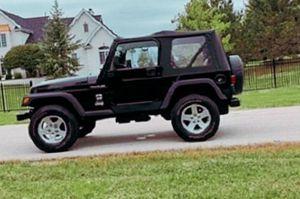 Clean interior Price 8.O.O$ O2 Jeep Wrangler for Sale in Richmond, IN