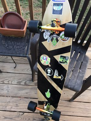 Longboard, great condition, new trucks and wheels for Sale in Farmville, VA