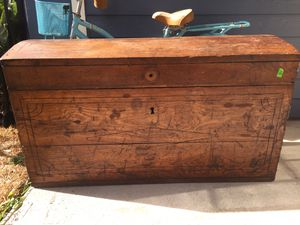 Breman Antique Chest for Sale in Corpus Christi, TX