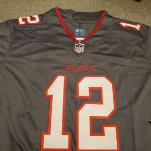 Tampa Bay Buccaneers Tom Brady Jersey Mens Large for Sale in Santa Ana, CA