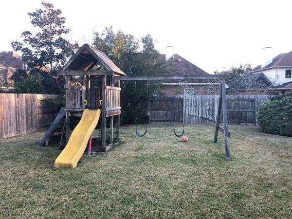 Swinging Set With Play House For Sale In Pearland Tx