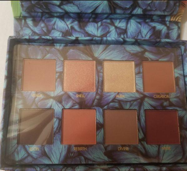Okalan 8 color love eyeshadow palette