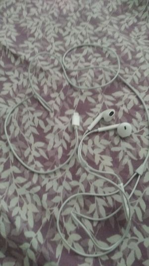 Iphone ear phones for Sale in Palmdale, CA