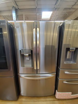 LG French Door Refrigerator Counter Depth for Sale in Covina, CA