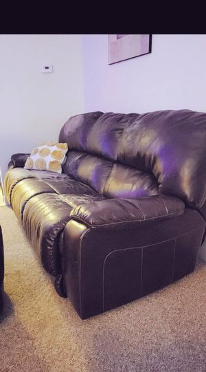 Free Reclining couch for Sale in Alexandria, MN