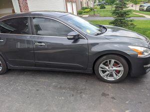2013 Nissan Altima , rebuilt title.runs good for Sale in Reynoldsburg, OH