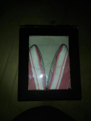 Crib shoe vans for baby size 2 for Sale in Compton, CA