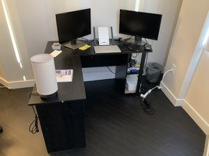 L Shaped Computer Desk for Sale in Los Angeles, CA