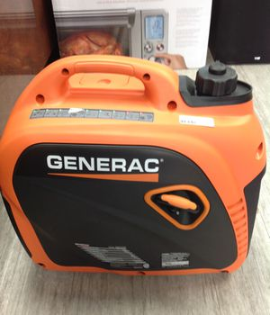 GENERAC POWER SYSTEMS 2200 watt inverter gasoline portable generator for Sale in Dearborn Heights, MI