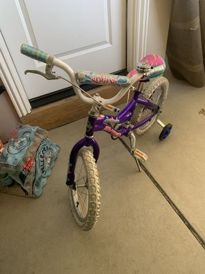Avigo Girls 14 inch bike for Sale in Pittsburgh, PA