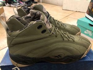 """Reebok Shaqnosis """"Barracks"""" size 12 for Sale in New York, NY"""