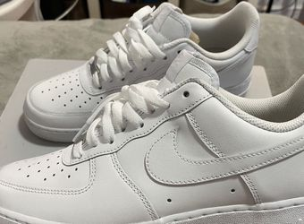 Men's White Airforce 1s Size 9Men for Sale in Stockton,  CA