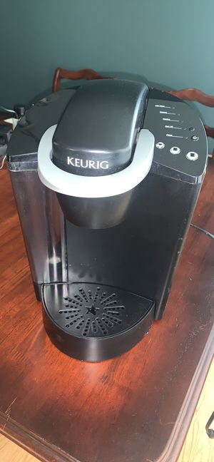 Keurig Coffee Maker for Sale in Broadview, IL